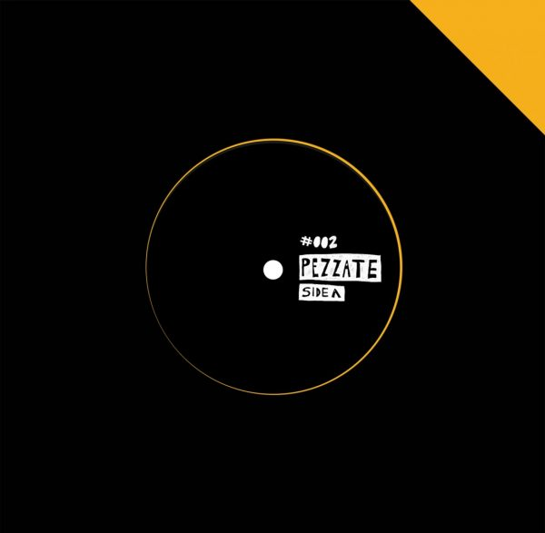pezzate 002 vinyl record by twice and volcov black side A